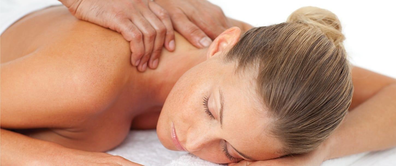 1/2Hr Hot Stone Lomi Lomi Massage